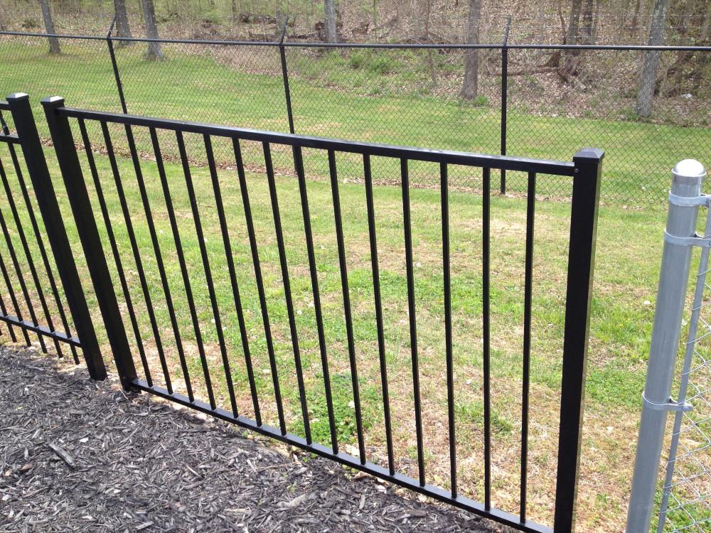 Heartland Wholesale Fence Supply Maintenance Free